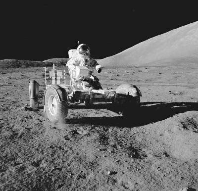 普利司通拟开发月球用轮胎