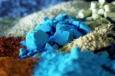 新型低温酯化催化剂研制成功